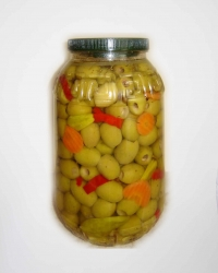 Green pitted olives marinated